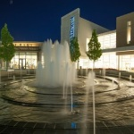 oakbrook-center-vortex-fountain1