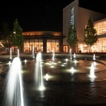 oakbrook-center-vortex-fountain Night